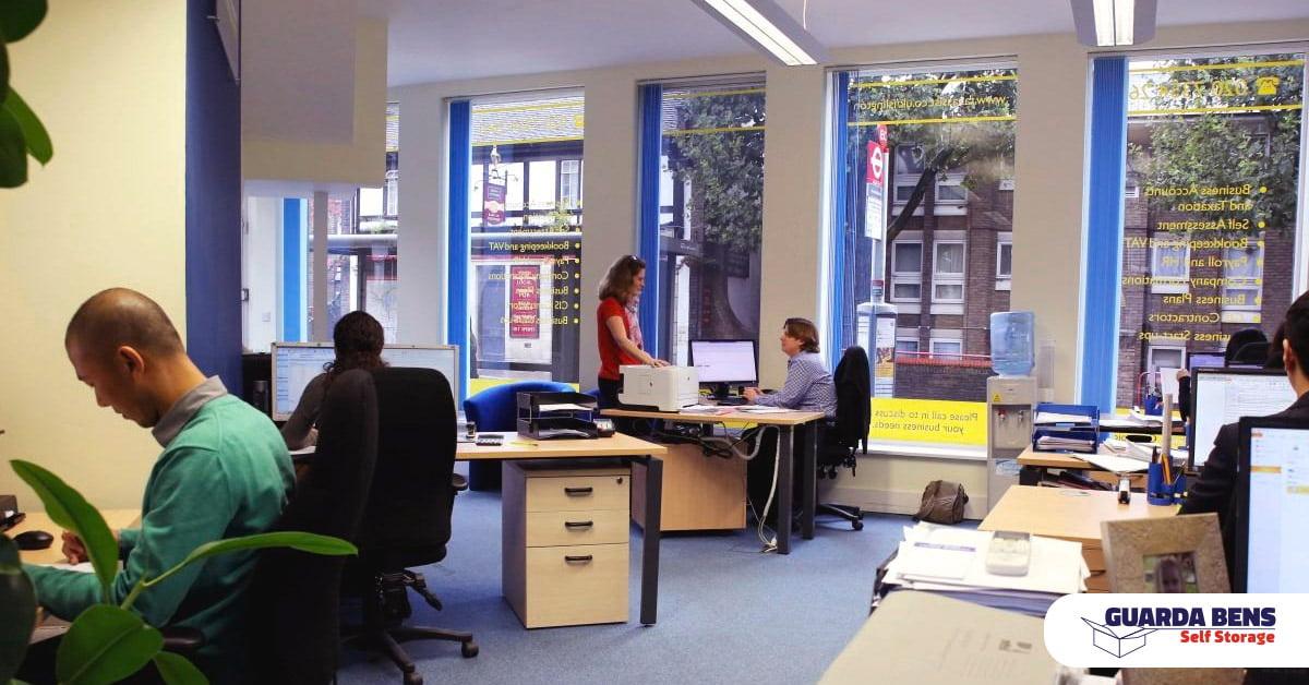 Escritório de contabilidade fica organizado com a ajuda do serviço de Self storage